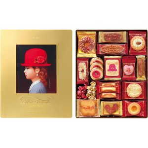 かわいらしい少女が印象的なパッケージと、ナッツ&チョコレートをふんだんに使用したアソートクッキー。 ...