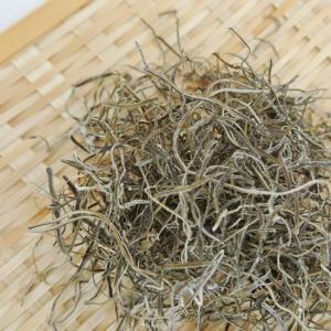 ケンコウかいそうjpの 【がごめ昆布 北海道函館産】 粘りの強い美味しいがごめ昆布を使いやすく細く刻んでいます。の商品画像 ナビ