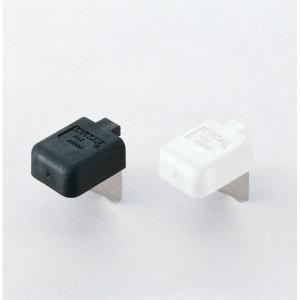 材質 本体:ステンレス(SUS304)ヘアーライン カバー:エラストマー/ホワイト ● 棚柱への取り...