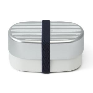 アルミ蓋にさわやかなボーダー柄が映える、ランチボックスです。 食後はコンパクトに収納できます。  ※...