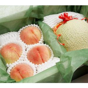 果物 ギフト 赤肉 メロン と 完熟 桃 詰め合わせ...