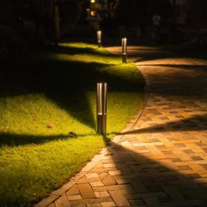 門柱灯 門灯 防雨 外灯 庭園灯 玄関 照明 LED 屋外 照明器具 暗くなって灯る明かりが家族のス...