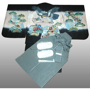 七五三着物 男児着物 5歳高級正絹羽織 袴のフルセット 鷹に巻物黒|kidskimonoyuuka