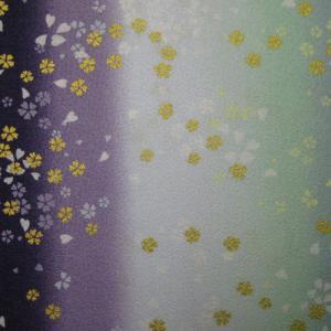 綿ちりめん(エンボス)和柄布 着物風グラデーション小桜舞 紫...