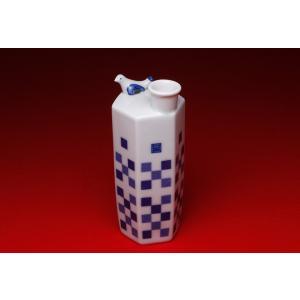 酒器 菊水 オリジナル うぐいす徳利(市松模様)|kikusui-sake