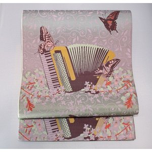 未使用/ nostalgic 蝶とアコーディオンのおしゃれな袋帯|kimono-himesakura