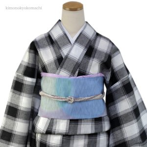 レディース 洗える夏着物単品 フリーサイズ 綿麻素材の琵琶上布 白・黒地格子柄 仕立て上り 女性 洗濯OK 単衣仕立 送料無料|kimono-kyoukomati