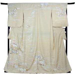 訪問着 正絹 未仕立て ベージュ 花 貝桶 単品 ガード加工 足袋 プレゼント 新品 販売 購入 旅館 料亭 女将 仕事 パーティー 送料無料|kimono-kyoukomati
