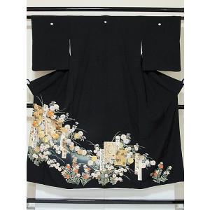 【黒留袖】正絹一越 比翼(化繊) 刺繍(金駒) 金彩 短冊 鶴 菊☆146cm前後の方ベストサイズ【美品】|kimono-maruichi