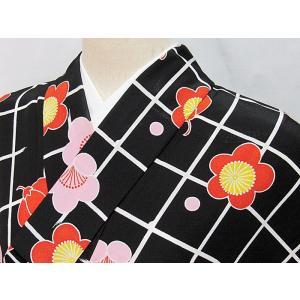 ●さらに!値引きしました40%OFF洗えるキモノ 化繊【小紋 単衣 着物】格子に梅/149cm前後の方ベスト★黒地|kimono-maruichi