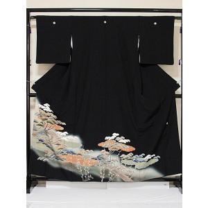 【黒留袖】正絹一越 比翼(化繊) 落款入り 刺繍(金駒) 道長雲取りに松 猫柳 ☆159cm前後の方ベストサイズ【美品】|kimono-maruichi