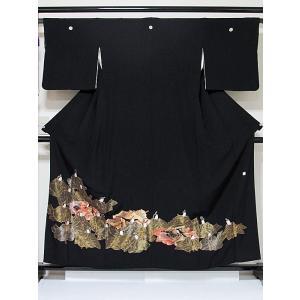 さらに値引きしました30% 黒留袖 総刺繍 正絹比翼 歌仙図 刺繍(金駒 金スガ 色差し縫) 156cm前後ベスト 美品 kimono-maruichi