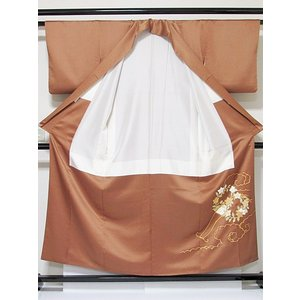 さらに値引きしました30%OFF 色留袖 正絹 共八掛 3つ紋(金糸縫い紋) 雲取りに花車 揚羽蝶 154cm前後ベスト 美品|kimono-maruichi|05