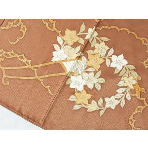 さらに値引きしました30%OFF 色留袖 正絹 共八掛 3つ紋(金糸縫い紋) 雲取りに花車 揚羽蝶 154cm前後ベスト 美品|kimono-maruichi|09