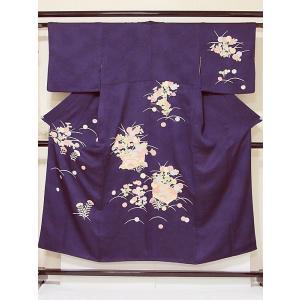 素材:絹100% 補足: ●リメイク・素材・パーツ● 当店では切売りではなく、着物・帯の状態の まま...