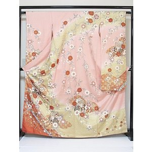 さらに値下げしました20% 振袖 正絹 紋綸子 鴇色(ときいろ) 御所車 167cm前後の方 美品 お薦めです|kimono-maruichi