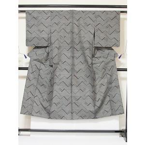 ●さらに!値引きしました40%OFF《紬 着物》【単衣】幾何学文/143cm★黒【美品】|kimono-maruichi
