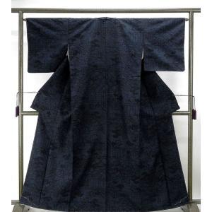 紬 未着用美品 正絹 はたおり娘 四季花模様 結城紬 未使用 新古品 着物 kimono-syoukaku