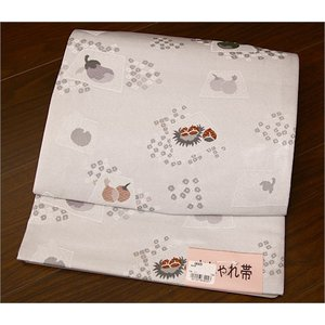 軽装帯・つくり帯  淡いグレー地に木の実や野菜柄 kimono-waku