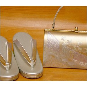 礼装用・草履バッグセットLLサイズ15-3.シルバー系の草履&七宝や花柄のバッグ  日本製  礼装用草履・バッグセット kimono-waku