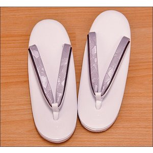 草履 レディース 普段履き 日本製 シンプルな草履 白藤色台に白藤色系の鼻緒 M/Lサイズ|kimono-waku