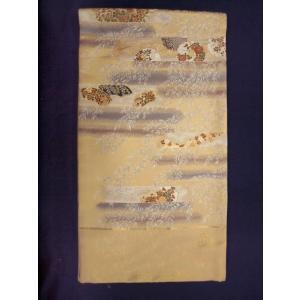 留め袖から訪問着までお召しいただける西陣特選織り有名織元 加納 幸謹製の上品な袋帯です。 西陣証紙N...