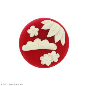 プレート 帯留め「赤色 松竹梅」 クリップ帯留め 帯飾り 和装小物 KK-0722