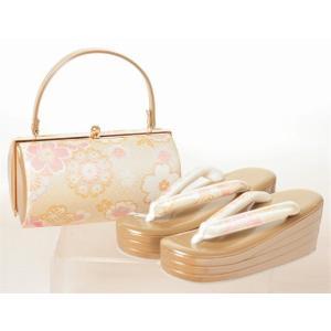 成人式・振袖におすすめの草履バッグセットです。 成人式に結婚式に振袖に合わせていかがでしょうか。 草...