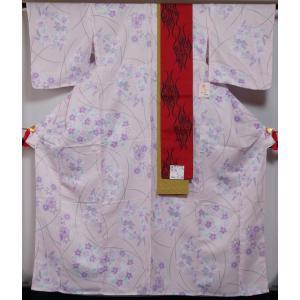 新品 プレタ 単衣 小紋と小袋帯の2点セット Lサイズ 薄ピンク 蘭・菊・撫子模様 化繊 洗える着物 着物 小紋 小袋帯 半幅帯 普段着物 練習用着物 お稽古用着物|kimonotenyou