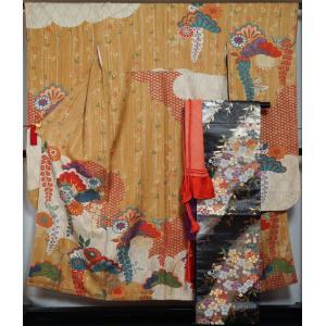 振袖セット 振袖・袋帯・帯揚げ・帯締め・重ね衿 5点セット 山吹茶色 紅型風 花綱に百花模様 着物 セット 送料無料 中古 リサイクル 振袖 リサイクル着物 正絹 kimonotenyou