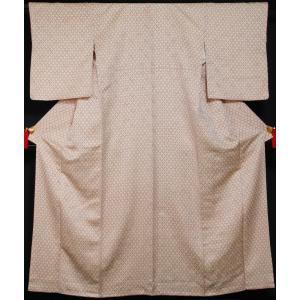 小紋 格子に扇模様 生成り色 金通し 重ね衿付き  中古 リサイクル着物 リサイクル小紋 着物 正絹 小紋 カジュアル 仕立て上がり 普段着物 お稽古用着物 踊り|kimonotenyou
