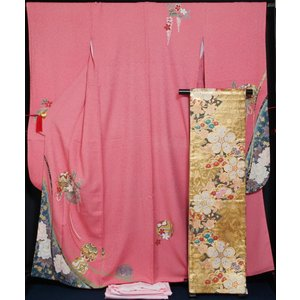 振袖セット 振袖・袋帯・長襦袢 3点 セット 短冊に手毬模様 裄長巾広サイズ 着付け練習用 桃色 振袖 着物 セット 送料無料 中古 リサイクル 振袖 着物 正絹 販売|kimonotenyou