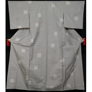 単衣 着物 紬 縞に色紙模様 絹鼠色 正絹 着物 紬 単衣着物 中古 紬の着物 リサイクル着物 リサイクル紬 正絹 つむぎ tumugi 紬地 紬 カジュアル|kimonotenyou