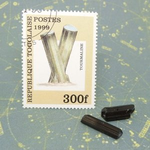 古切手と鉱物標本のセット トルマリン標本 ショール 鉱物切手