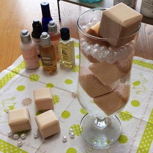 桧キューブ・12個入り★お風呂用★リラックス*アロマ*桧のいい香り*バス入浴剤乾燥させて何度でも使用できます|kirakuya-yshop