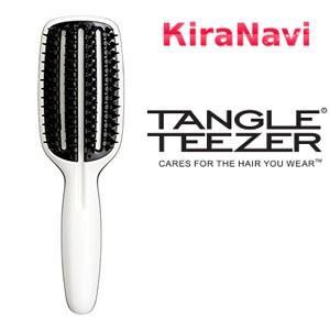 防備な濡れ髪も負担をかけずに素早く乾かし美しくスタイリング。 ドライヤーからの熱ダメージと摩擦を軽減...