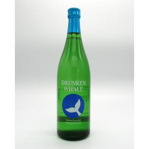 """夏限定ボトル!!酸味が高く、キレの良い味わいが特徴の""""酔鯨""""は夏にもピッタリ。さらりさらりと杯がすす..."""