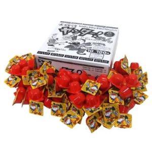 商品名:駄菓子 業務用 ヤッター!めん 100付  小さい容器の中に細かく砕いたラーメンが入っていま...