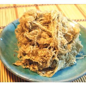 羅臼とろろ昆布です。 昆布はヘルシーなアルカリ食品の王様です。 カルシウム・食物繊維がたっぷりはいっ...