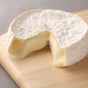 【北海道ご当地グルメ】北の大地で熟成された味わい深いチーズとワインで素敵なひとときを…