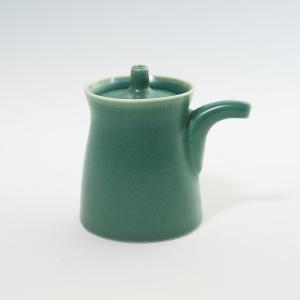 白山陶器 G型しょうゆさし ( 小 ) グリーン [ HAKUSAN 和食器 森正洋デザイン ]|kitchen