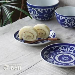 伝統を感じさせる深い青! 一枚でもテーブルが引き締る存在感のあるインディゴブルーシリーズです。 大輪...