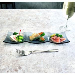 皿 ガラス シーニュ スモーク 3つ 仕切り 30cm 長方形 おしゃれ 宅飲み 黒い皿 レストラン食器|kitchengoods-bell
