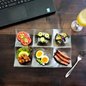 皿 ガラス シーニュ 6つ 仕切り 31cm  おしゃれ 家飲み 宅飲み レストラン食器 kitchengoods-bell