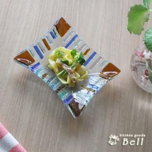ビードロとはポルトガル伝来の言葉でガラスを指します。 このガラス食器は成形した後、職人の手により模様...