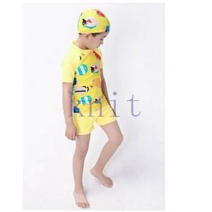 キッズ・ジュニア 男の子 キッズ・ジュニア スクール 水着 ハーフパンツ スイムウェア ラッシュガード 2点セット 夏 UV 紫外線対策 魚柄 可愛い|knit
