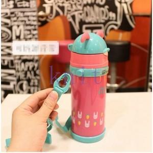 水筒 子供用 魔法瓶 キッズ ボトル 直飲み 保温 通園 通学 ベルト付き ストロー付き 斜めかけ可能 可愛いJZAH3-AL70|knit