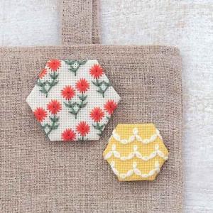 コスモ ルシアン 刺繍キット ヘキサゴンのブローチ Frill&Flower(フリル&フラワー) ko-da