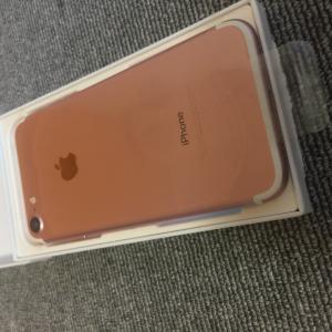 新品未使用 国内版 simフリー   iPhone7 32GB ローズゴールド色