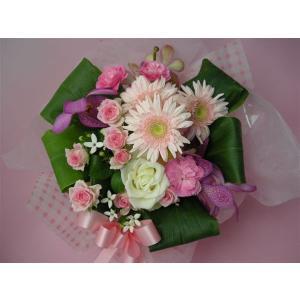 生花 やさしいピンクのおまかせアレンジ 母の日 お誕生日 父の日 御祝 送別 供 発表会|kodemari-jp